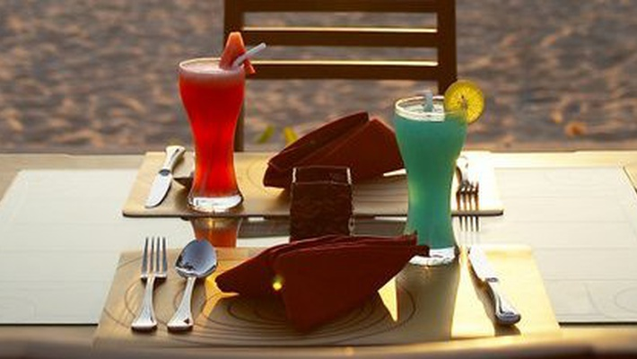 BAR DE PLAYA Resort & Spa Lanta Cha-Da Beach - Krabi