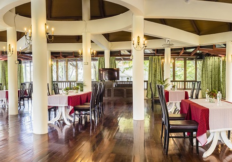 Restaurante Resort & Spa Lanta Cha-Da Beach Krabi