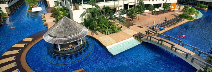 BAR PISCINA Resort & Spa Lanta Cha-Da Beach  Krabi